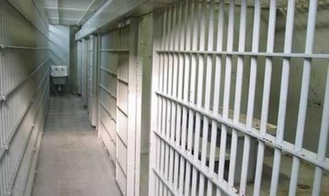 Προφυλακιστέοι τρεις Γεωργιανοί για τη ληστεία στην Ύδρα - Την Παρασκευή απολογούνται οι υπόλοιποι