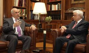 Πρόωρες εκλογές: Το πρωί στο Προεδρικό Μέγαρο ο Ε. Μεϊμαράκης