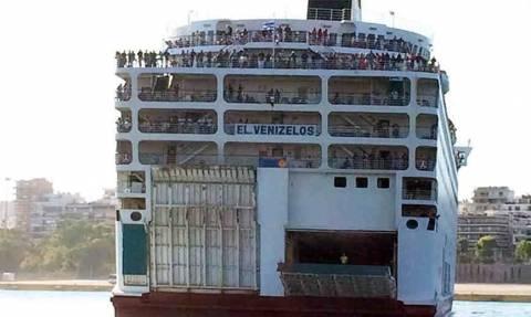 Στις 18.00 η άφιξη του Ελ. Βενιζέλος στον Πειραιά με 2.172 Σύρους πρόσφυγες