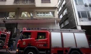 Τραγωδία με νεκρό άνδρα σε φωταγωγό πολυκατοικίας στο κέντρο της Αθήνας