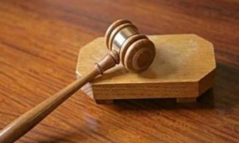 Λεμεσός: Ενώπιον Κακουργιοδικείου 3 πρόσωπα για κλοπή χαρτοφύλακα με χρυσαφικά