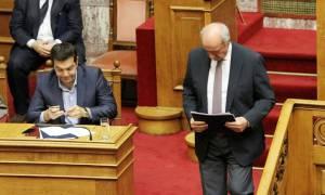 Παραδίδει τη διερευνητική εντολή ο Μεϊμαράκης – Πυρά κατά Τσίπρα
