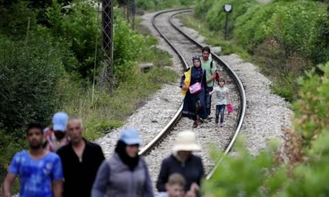 Μεταναστευτικό: Περισσότεροι από 7.000 πέρασαν στη Σερβία