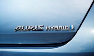Toyota: Ραγδαία αύξηση στις πωλήσεις των υβριδικών μοντέλων