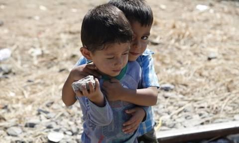 Ερυθρός Σταυρός: Έκκληση για συγκέντρωση ειδών πρώτης ανάγκης για τους πρόσφυγες