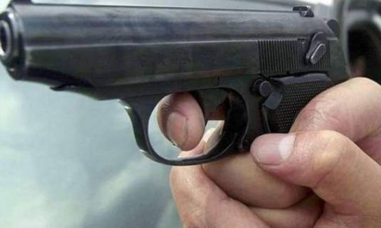 Ενοπλη ληστεία σε σούπερ μάρκετ στα Καμίνια