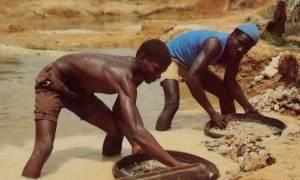Ματωμένα διαμάντια: Αμερικάνος χρησιμοποίησε σκλάβους για να λεηλατήσει ορυχεία
