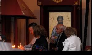 Κούρεμα καταθέσεων: Σικέ τραπεζίτης ρήμαξε εκκλησίες