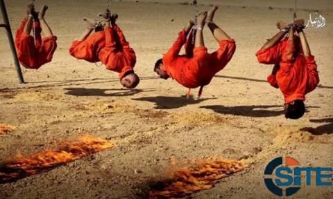 Βίντεο-σοκ: Τζιχαντιστές καίνε ζωντανούς ομήρους δεμένους χειροπόδαρα