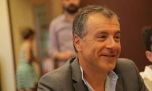 Θεοδωράκης: Πρέπει να δημιουργηθεί κυβέρνηση που θα εκφράζει την πλειοψηφία του ελληνικού λαού