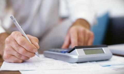 ΥΠΟΙΚ: Πώς θα φορολογηθούν τα «μπλοκάκια» φοιτητών και επιστημονικών ερευνητών