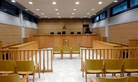 Δήμος ξόδεψε 370.000 ευρώ για... κόλυβα, φέρετρα και κηδειόχαρτα