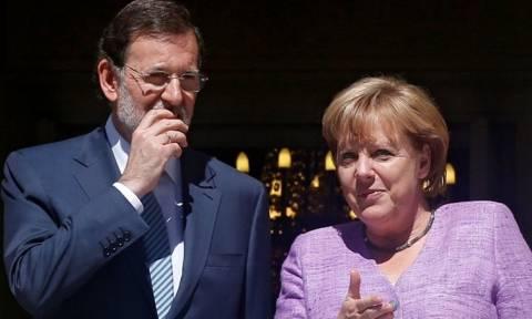 Κοινή θέση Μέρκελ - Ραχόι για μεταρρυθμίσεις και αλληλεγγύη προς την Ελλάδα