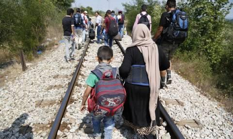 Μεταναστευτικό: Μέρκελ και Ραχόι ζητούν από την Κομισιόν προτάσεις - Ο Τουσκ αοριστολογεί