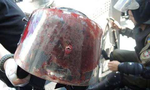 Ουκρανία: Και δεύτερος αστυνομικός νεκρός από τις αιματηρές συγκρούσεις στο Κίεβο