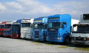Πιερία: Φτερά έκαναν 76.000 ευρώ από φορτηγό