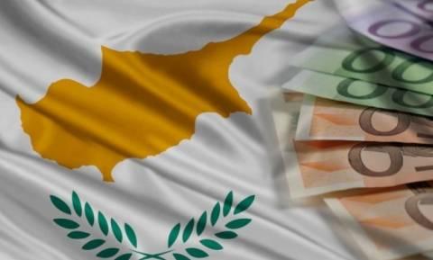 Πρωτιά Κύπρου στο ύψος επιτοκίων καταθέσεων και δανείων