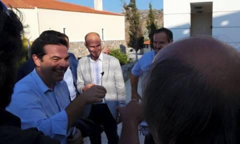 Τσίπρας για τις ρακές στην Κρήτη: Θα γίνω ντίρλα και θα πάμε για αλκοτέστ! (video)