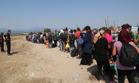 Die Welt: Η Ε.Ε. επιδιώκει ανακατανομή 120.000 μεταναστών από Ελλάδα - Ιταλία - Ουγγαρία