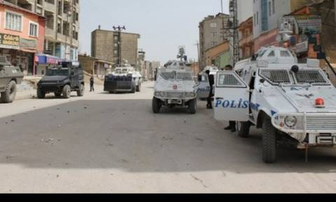 Ένοπλοι του ΡΚΚ πίσω από την επίθεση σε Τούρκους αστυνομικούς