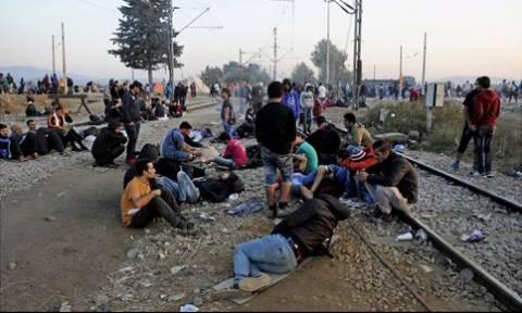Ουγγαρία: Απεργία πείνας και δίψας κάνουν οι Σύροι πρόσφυγες για να ταξιδέψουν στη Γερμανία
