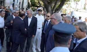 Την ανάγκη ενιαίας πολιτικής ασύλου στην Ευρώπη υπογράμμισαν Τίμερμανς και Αβραμόπουλος