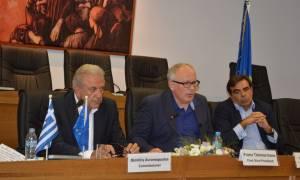 Αβραμόπουλος: 450 εκατ. ευρώ στην Ελλάδα για την αντιμετώπιση του προσφυγικού