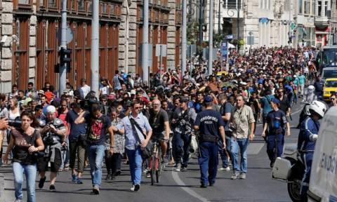 Αυστρία: Περίπου 2.000 πρόσφυγες έχουν φτάσει από την Ουγγαρία
