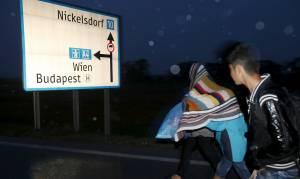 ΥΠΕΞ Αυστρίας: Γίνεται παζάρι με τους πρόσφυγες – Να ανοίξει τα μάτια της η ΕΕ