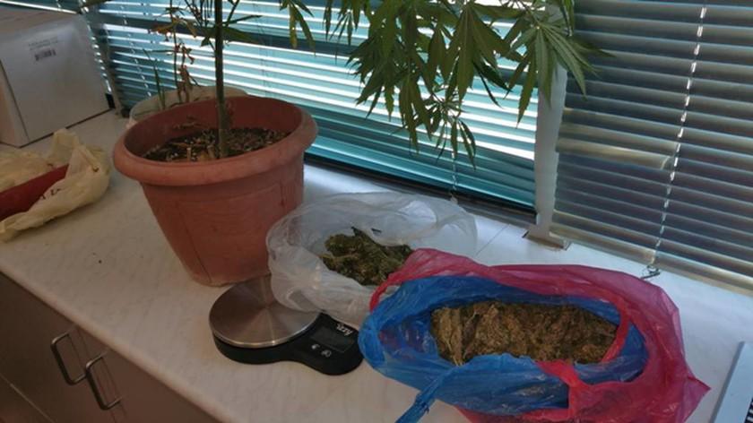 Ηράκλειο: Σύλληψη 37χρονου με ένα κιλό ζελατοδυναμίτιδας και ναρκωτικά (photos)