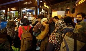 ΥΠΕΣ Αυστρίας: Δεν θα γίνει χρήση βίας εναντίον των προσφύγουν που εισέρχονται μέσω Ουγγαρίας