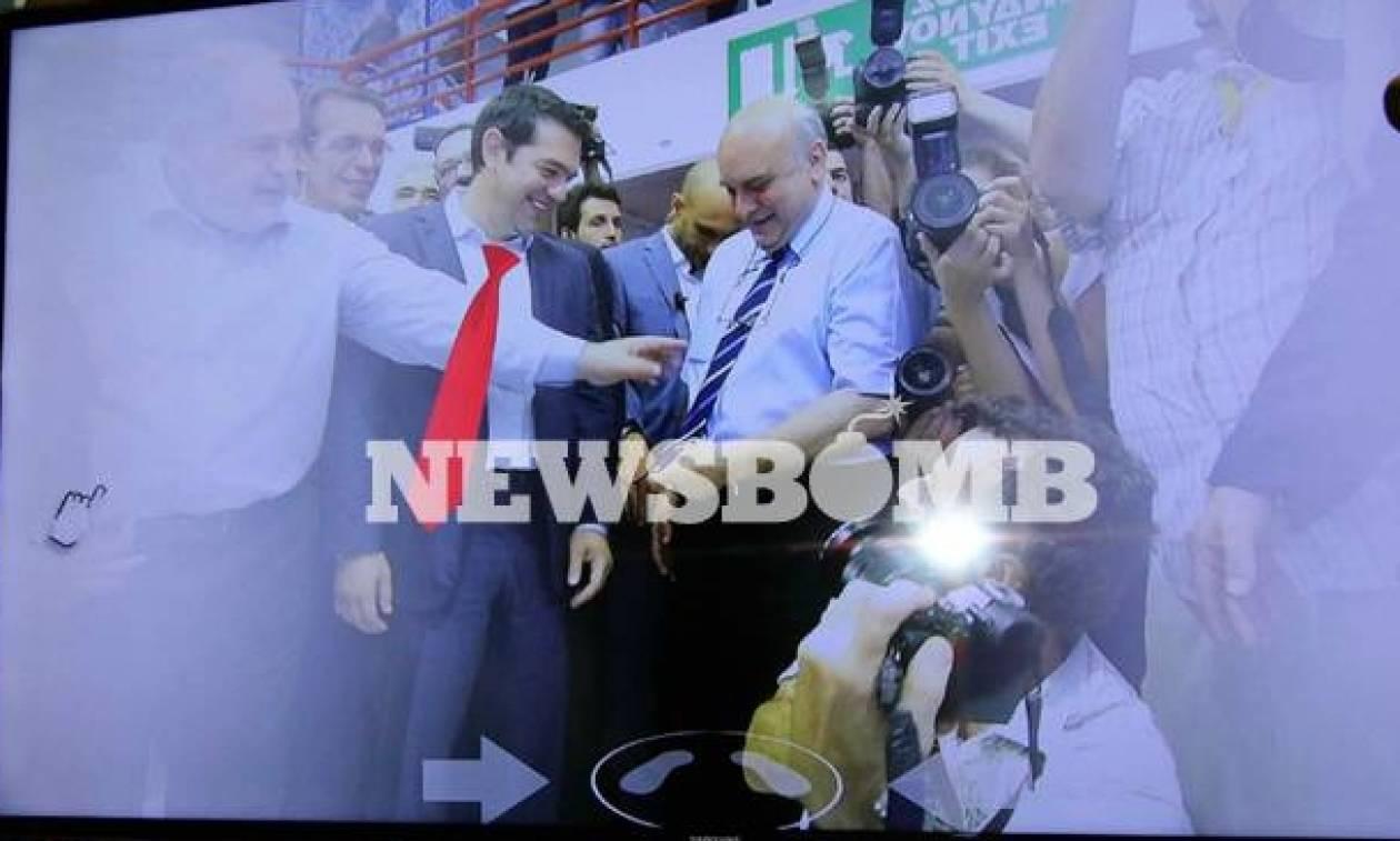 Τo Νewsbomb.gr στη ΔΕΘ: Ο Τσίπρας, η κόκκινη γραβάτα, ο Μπερμπάτοφ και οι αποδοκιμασίες! (pics+vids)