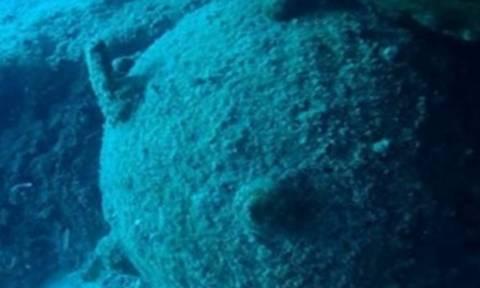 Ρέθυμνο: Επί ποδός οι αρχές για νάρκη σε απόσταση αναπνοής από τους λουόμενους