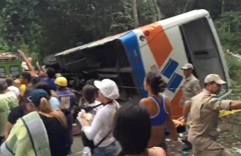 Τραγωδία στη Βραζιλία: 15 νεκροί σε τροχαίο δυστύχημα (pic)