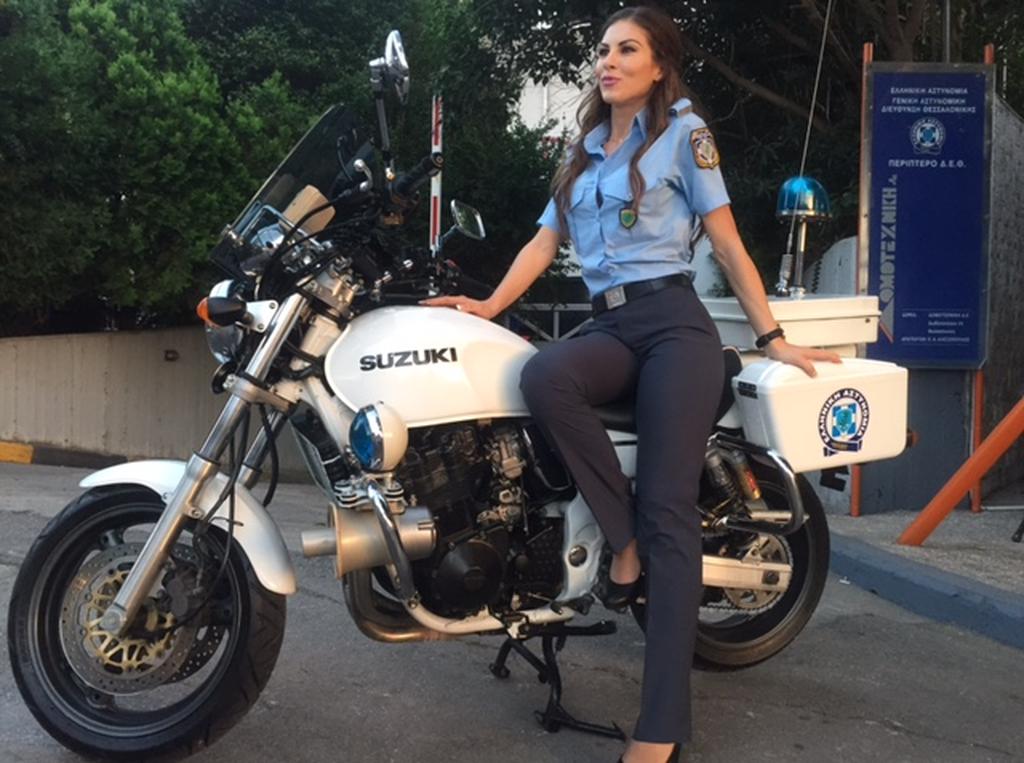 Θεσσαλονίκη:  Η… ωραία Ελένη της Ελληνικής Αστυνομίας (photos)