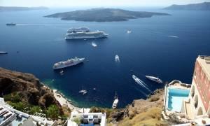 Die Presse: Νέο ρεκόρ σημείωσε ο τουρισμός στην Ελλάδα παρά τα capital controls