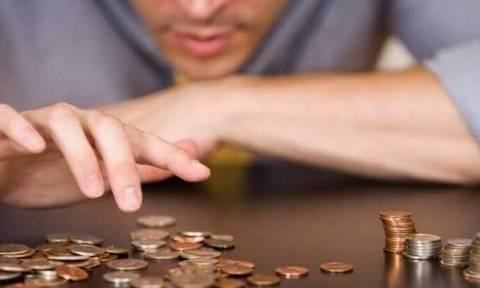 Μείωση 4,2% του δείκτη μισθών στο σύνολο της οικονομίας