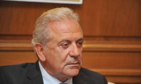 Αβραμόπουλος: Η Κομισιόν θα παρουσιάσει νέο πακέτο για το μεταναστευτικό