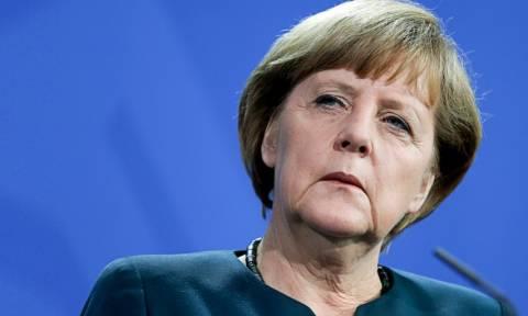 Μέρκελ: Πρέπει να τεθεί υπό έλεγχο η κατάσταση στη Μεσόγειο