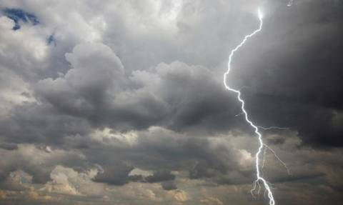 Έκτακτο δελτίο επιδείνωσης καιρού - Έρχονται καταιγίδες, χαλάζι και πολλά μποφόρ