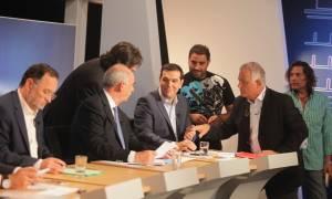 Ντιμπέιτ: Τα χαμόγελα των πολιτικών αρχηγών πριν την τηλεοπτική «μάχη» (photos)