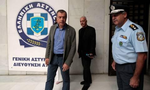 Στη Γενική Αστυνομική Διεύθυνση Αττικής ο Θεοδωράκης