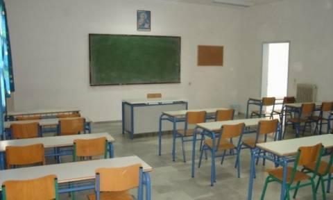 Με 6.000 κενά το πρώτο κουδούνι στα σχολεία