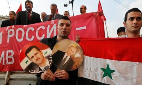 Η Μόσχα παραδέχθηκε ότι στέλνει όπλα στη Συρία - Αναμένεται αντίδραση των ΗΠΑ