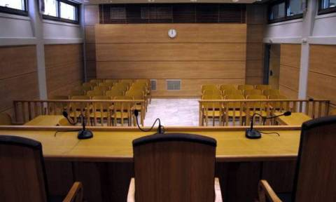 Σε δίκη έξι άτομα για το «Καρούζος gate»