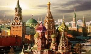 Στη Μόσχα ο αρχηγός της Πολεμικής Αεροπορίας και η μπάντα της