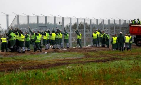 Έκλεισε αυτοκινητόδρομος στην Αυστρία για πρόσφυγες από την Ουγγαρία