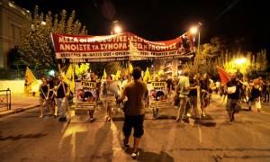 Σύνταγμα: Συγκέντρωση συμπαράστασης για τους πρόσφυγες (photos)