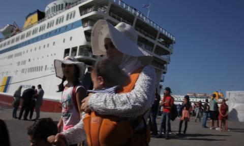 Μυτιλήνη: Δύο ακόμα πλοία αναμένονται σήμερα (13/9) για να παραλάβουν μετανάστες