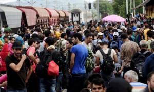 Οι δήμαρχοι τεσσάρων ευρωπαϊκών πόλεων καλούν τους ηγέτες της ΕΕ να βοηθήσουν τους πρόσφυγες
